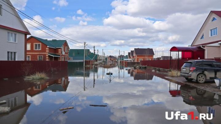 Башкирская Венеция: улицы поселка под Уфой превратились в реки