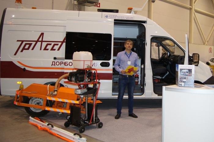 Уникальная передвижная лаборатория начала оценку качества дорожного покрытия в Новосибирске