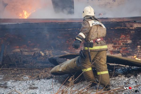 Пожар в считаные минуты облетел несколько комнат в частном доме