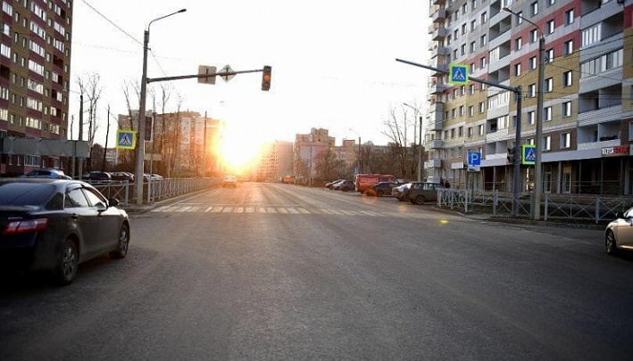 Власти назвали дату, когда разрешат ездить по новой улице Панина