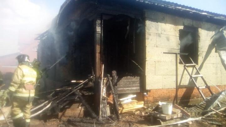 Под Уфой сгорел частный дом