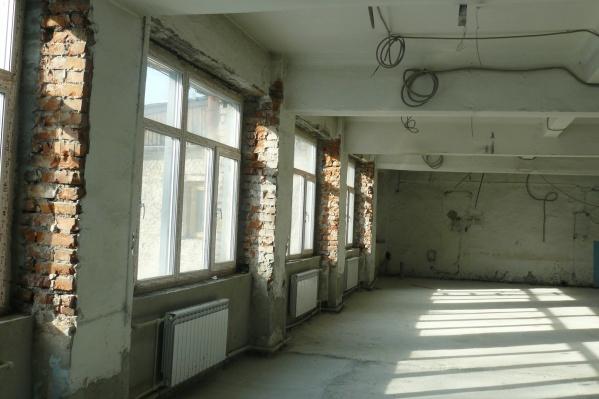 Здание школы построили почти 80 лет назад