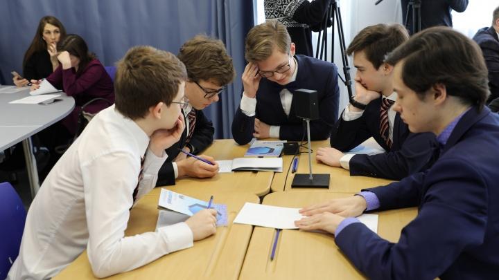 Создают мобильные приложения и изучают ИИ: тюменские школьники рвутся в мир высоких технологий