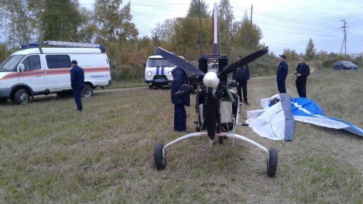 Два человека пострадали при жёсткой посадке дельталёта в Городце Нижегородской области