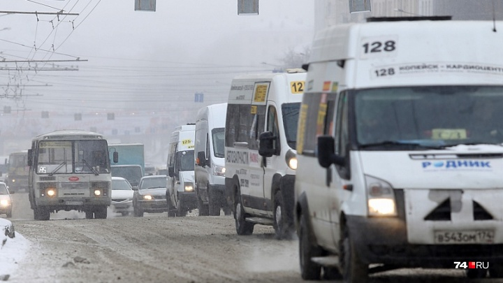 «Спасали муниципальный транспорт»: копейских маршрутчиков обвинили в необоснованном повышении цен