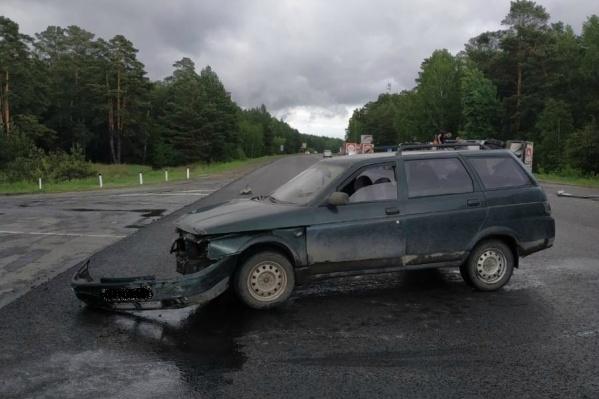 ВАЗ не уступил дорогу рефрижератору на перекрестке