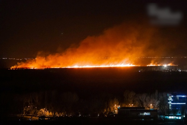 Пожар начался вечером 20 апреля