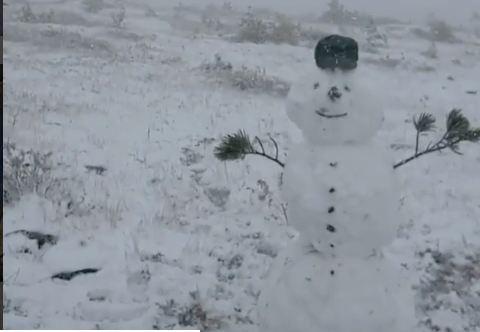 На любимом курорте красноярцев в Хакасии выпал снег