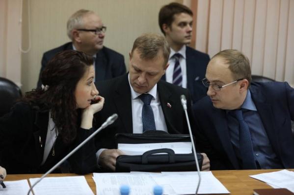 Предложение поддержали только после того, как «Общероссийский народный фронт» высказался против ввоза московского мусора на север