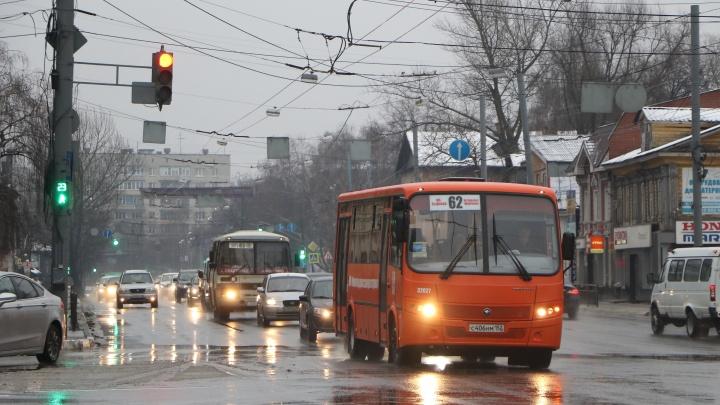 «Это будет болезненно»: колонка эксперта о внезапных изменениях в работе нижегородского транспорта