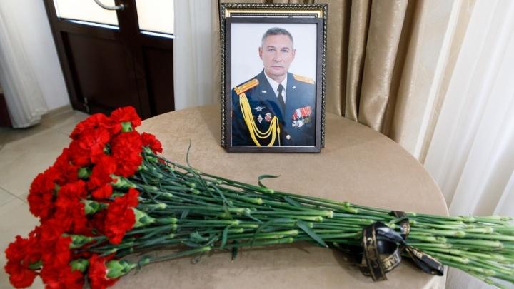 Лидеры волгоградских коммунистов проигнорировали похороны товарища по партии