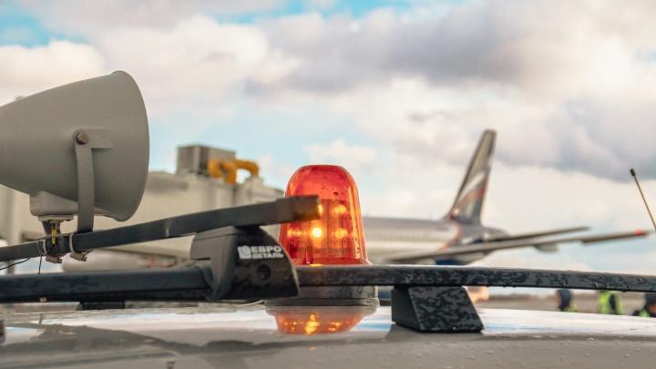В аэропорту Курумоч экстренно приземлился самолёт из Санкт-Петербурга