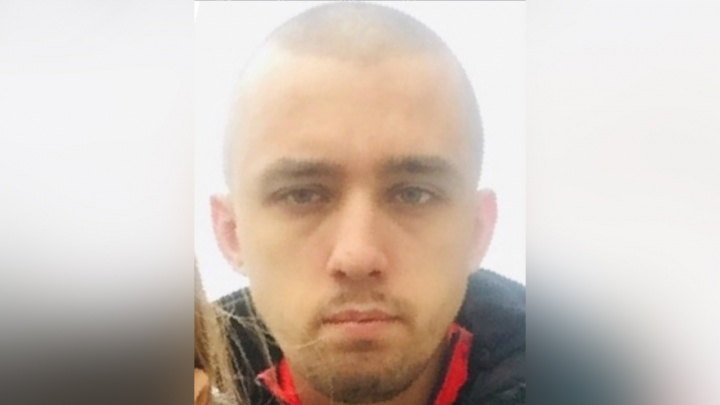 Мог сбежать из города: в Ярославской области ищут парня с рыжими усами