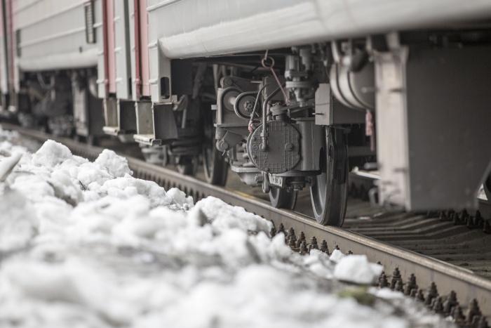 Машинист применил экстренное торможение поезда, но трагедии избежать не удалось