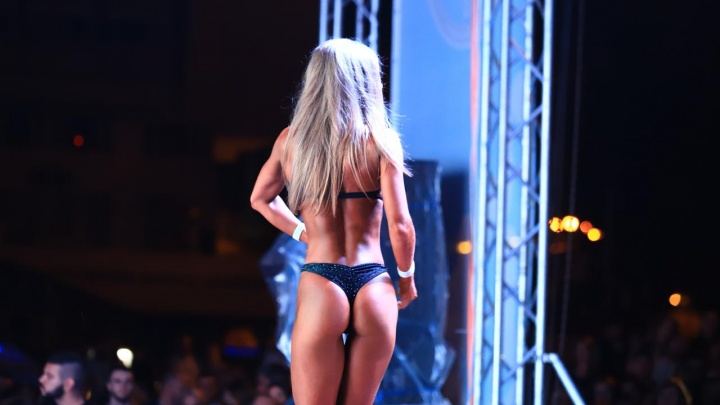 В Ростове прошел открытый турнир по фитнес-бикини: показываем самые яркие кадры
