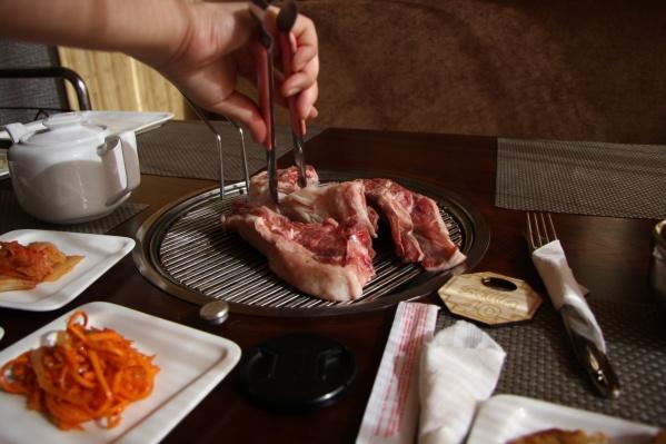 Настольный гриль использовался, например, в уже закрытом корейском ресторане Silla