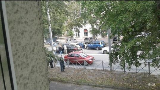 Массовое ДТП на Мочищенском шоссе: очевидцы сообщают о семи машинах