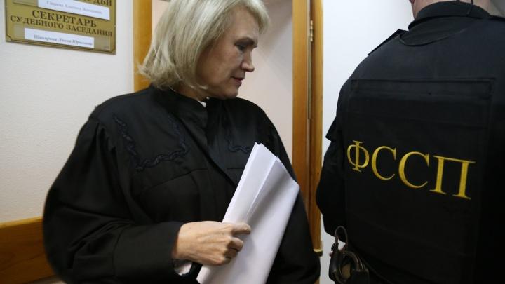 В Уфе суд решает, продлить ли арест еще одному обвиняемому в деле об изнасиловании дознавательницы