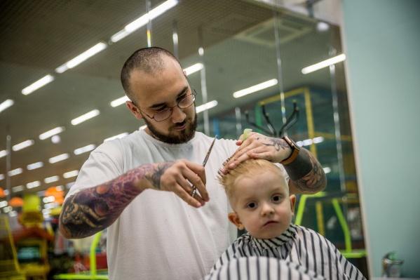 Тимур Газиев насчитал в своей клиентской базе около 3 тысяч детей со всего Новосибирска