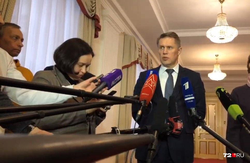 Весь персонал, что работает с прибывшими россиянами, имеет квалификацию по специальности «инфекционные болезни»