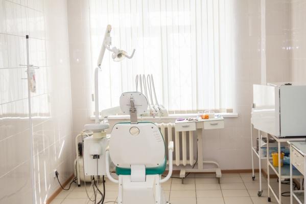 Клинику оштрафовали на 100 тысяч рублей
