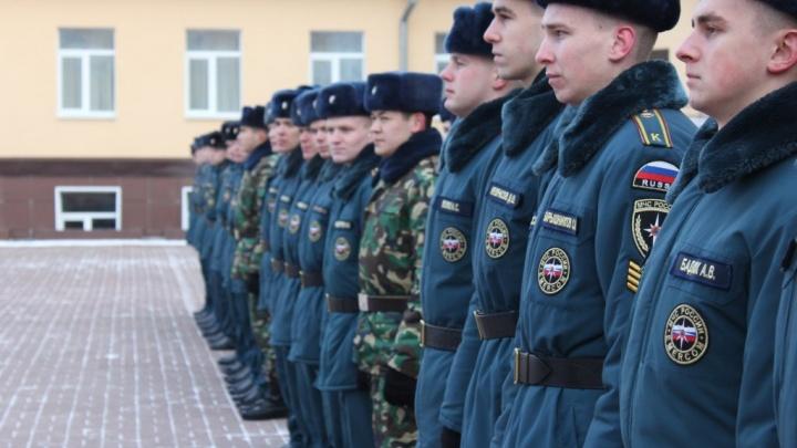 В Екатеринбурге в институте МЧС отравились курсанты