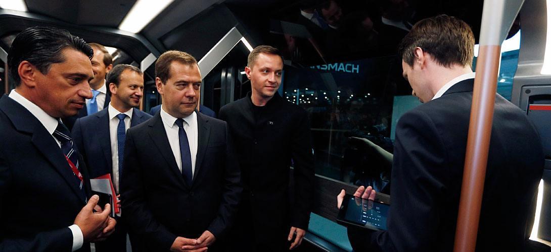 В 2014 году Медведеву R1 очень понравился