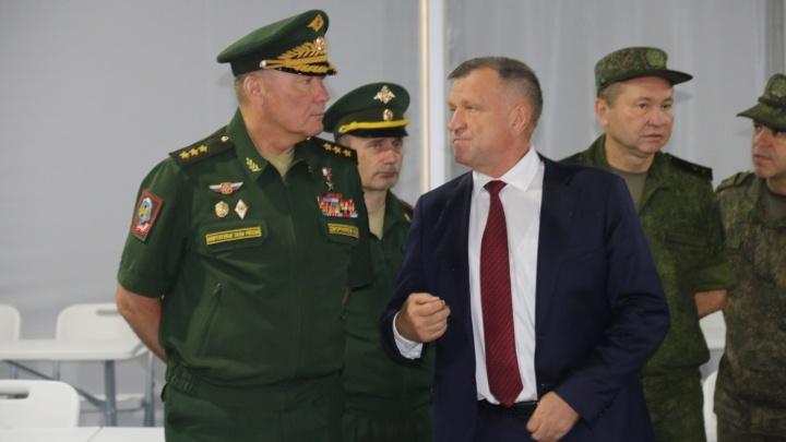 В Волгоград прибыл командующий Южного военного округа Александр Дворников