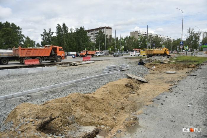 Часть улицы Серафимы Дерябиной перекроют из-за строительства новой развязки