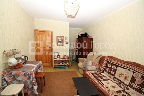 Самый дешёвый вариант с квартирантом — комната на Северо-Чемском жилмассиве