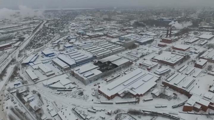 Следователи предъявили обвинение трём людям, из-за которых обрушилась крыша на заводе Калинина