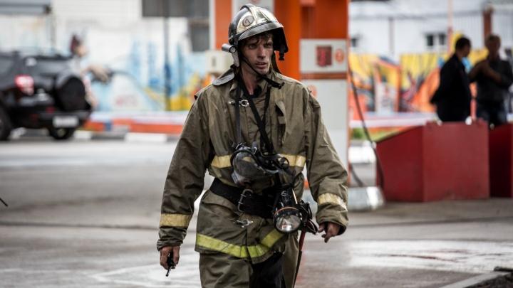 Жители 36 домов по улице Шуберта остались без света из-за пожара
