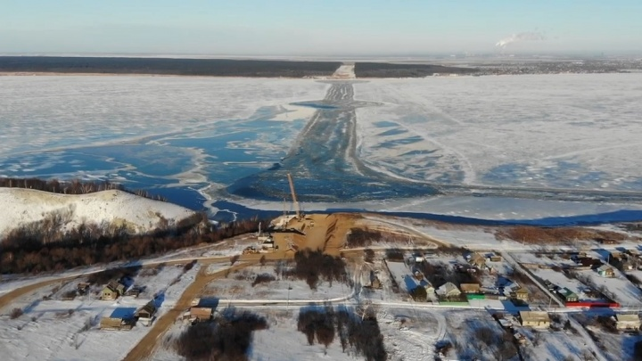 Как Крымский, но наш: в Самарской области рабочие расчистили место для моста через Волгу у Климовки