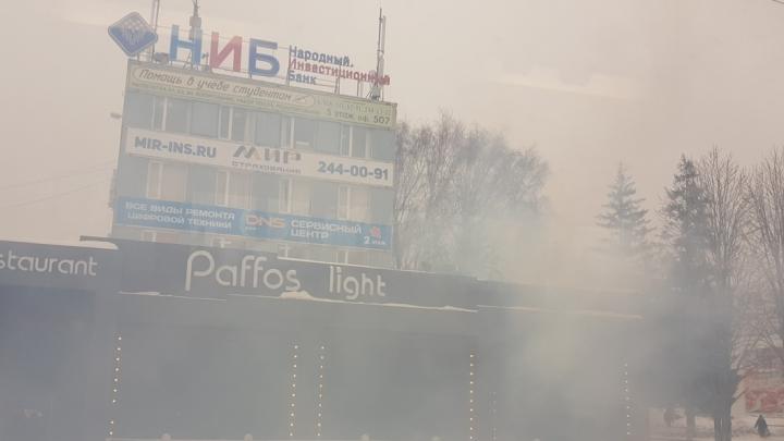 В Самаре загорелся ресторан на Московском шоссе