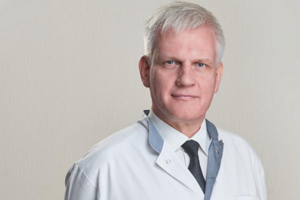 До того как стать главным врачом Егор Корчагин работал хирургом
