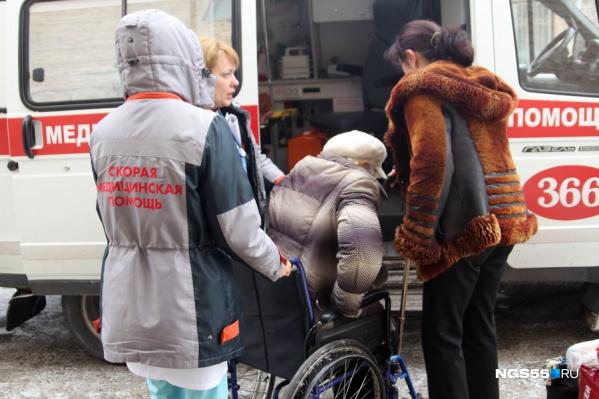 Медики рассказали, как оказать минимальную первую помощь до приезда скорой помощи