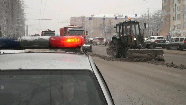 Челябинские дорожники поставили на паузу ямочный ремонт