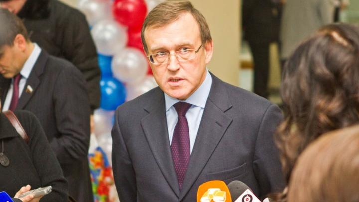 12 злобных зрителей: челябинские чиновники и эксперты по конкурсу выбрали министра промышленности