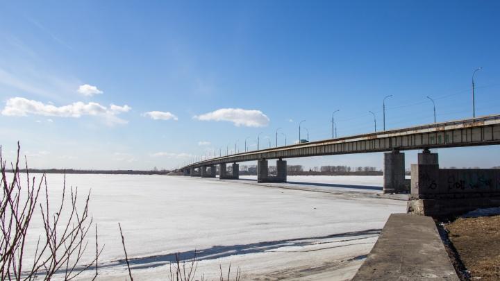 Из-за ремонта перекроют две полосы при съезде с Краснофлотского моста