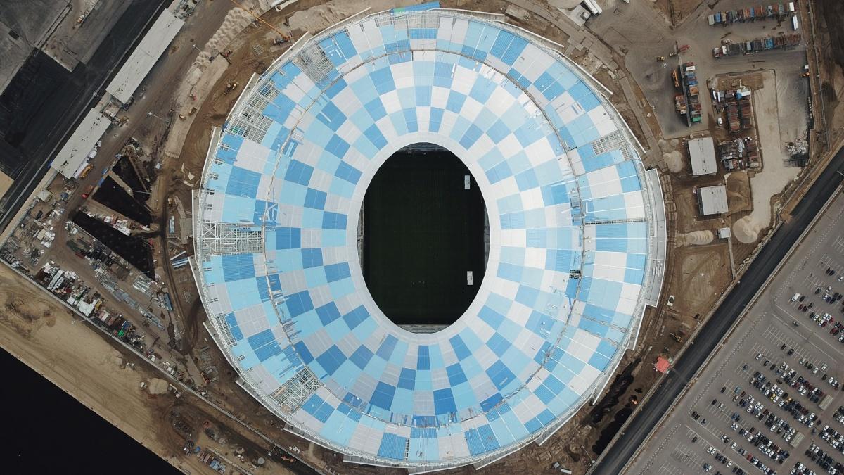 Футбольное поле «Волгоград Арены» прошьют полимерным волокном