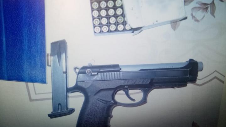 Двоим дончанам грозит до 12 лет колонии за хищение огнестрельного оружия