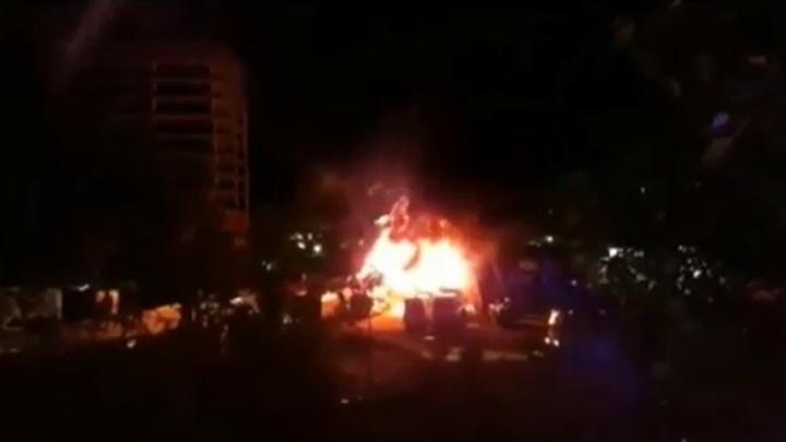 Крупный пожар в Уфе: сгорел автосервис