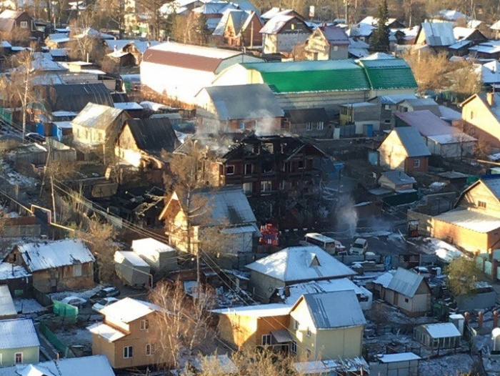 Последствия пожарав гостинице «Петровъ Дворъ»