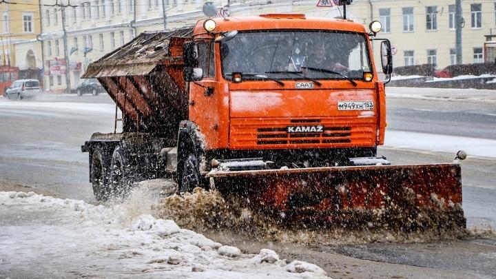 «У нас был прогноз по снегу»: Владимир Панов рассказал, как город встретил непогоду