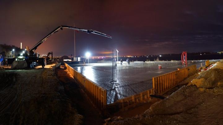 «Залили 408 кубометров бетона»: в Волгограде бронекатер БК-31 перевезут на набережную по Волге