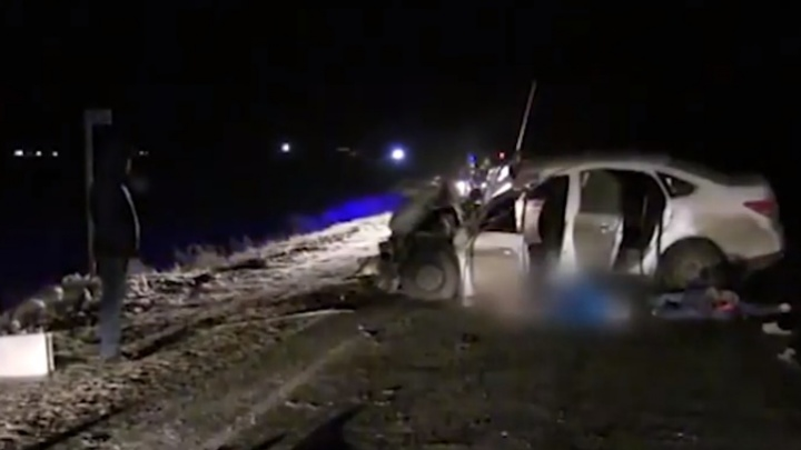 Дальнобойщик из Ростова попал в ДТП и умер, увидев его последствия