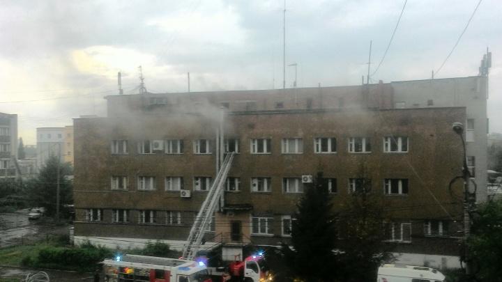 В центре Ярославля повалил дым из общественной бани