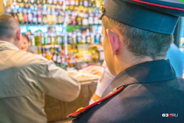 Полиция будет следить за соблюдением запрета на продажу алкоголя на последний звонок