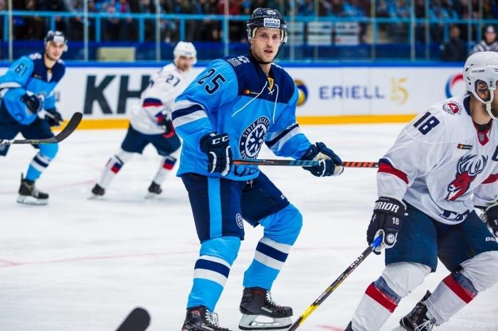 Кори Эммертон присоединился к «Сибири» в этом сезоне и не сумел показать хороших результатов