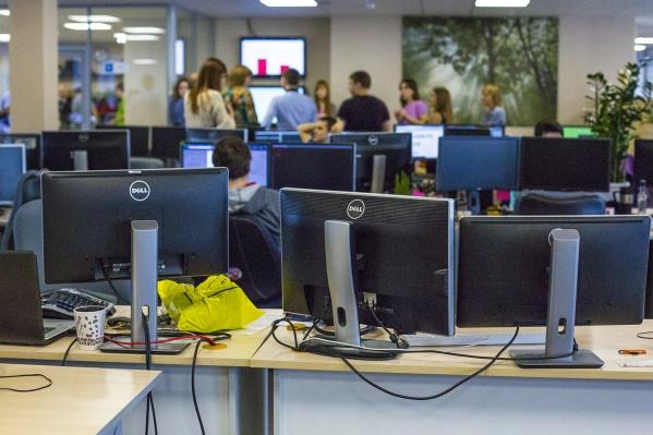 Некоторые работодатели даже не предупреждают своих сотрудников, что в офисе ведется слежка
